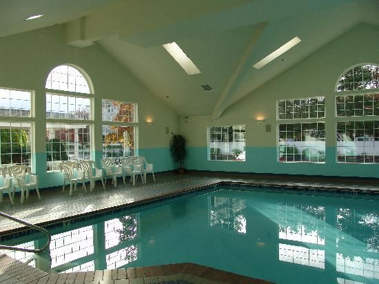 View of interior pool at Comfort Suites, Corvallis
