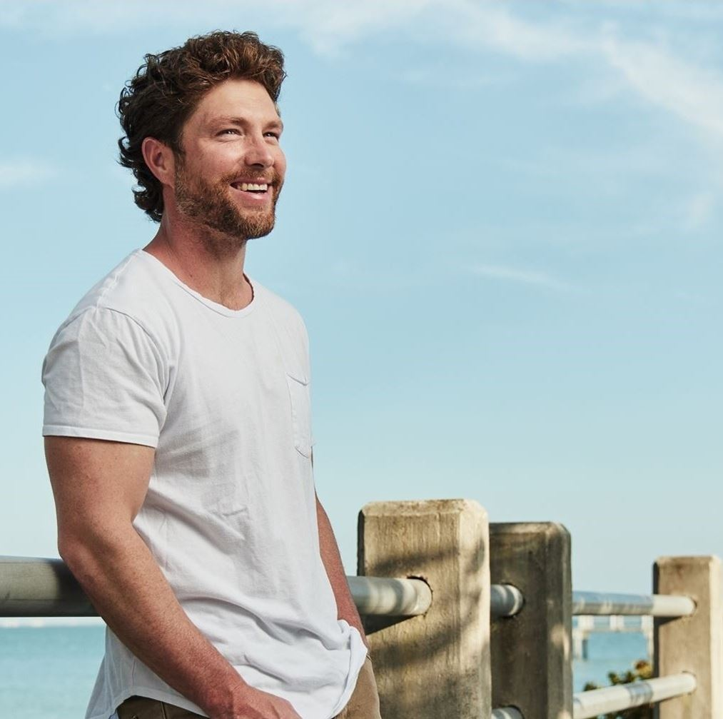 Chris Lane with special guest Morgan Evans