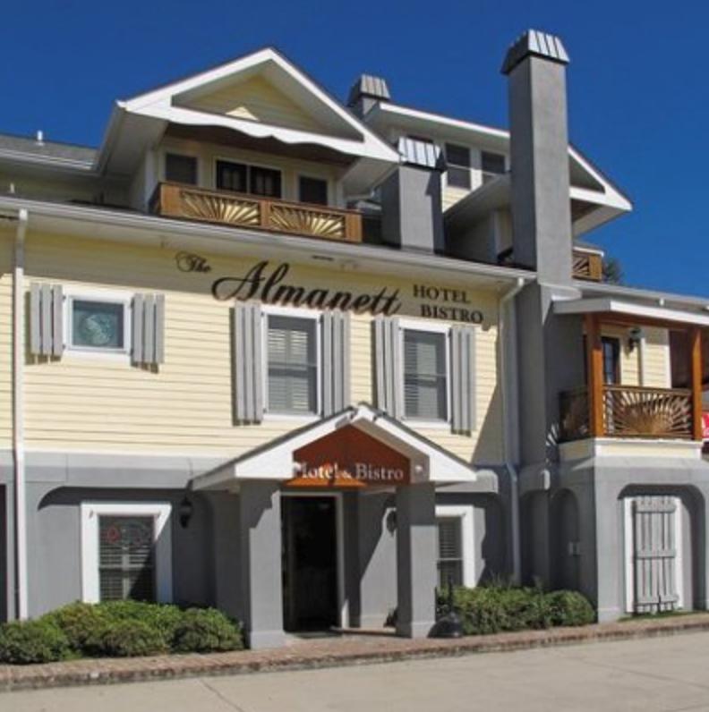 The Almanett Hotel & Bistro