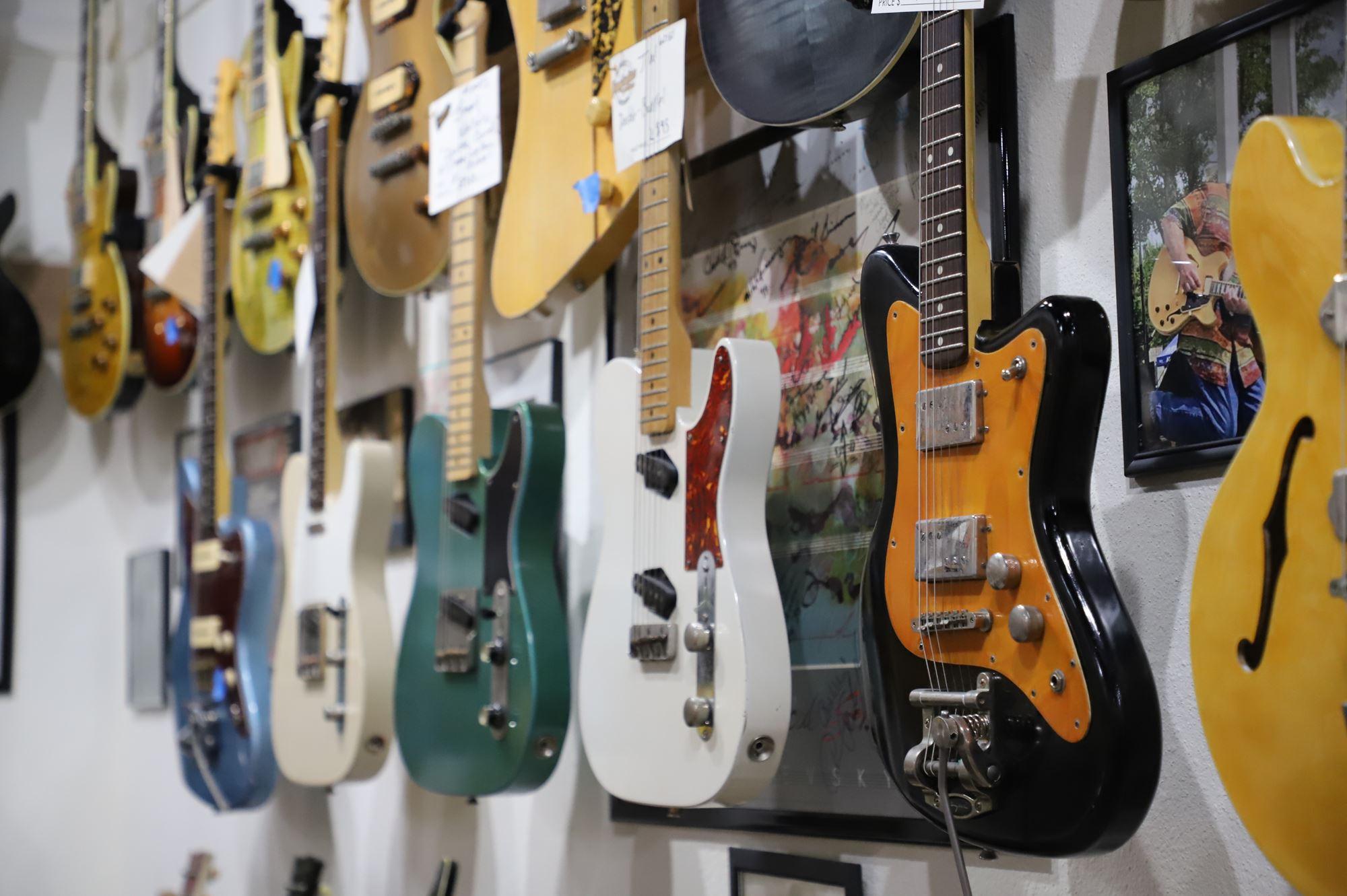 Jimmy Wallace Guitars
